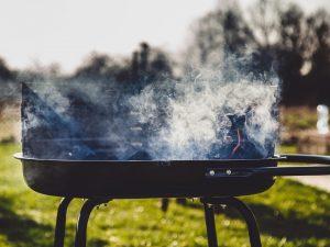 Weber Elektrogrill Reinigen : Grill reinigen mit backofenreiniger und backofenspray backofen